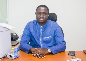 M Gueye responsable ressource humaine AVISEN